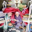 Vidám Naplemente Szolgáltatás: jókedvű teázás az asztal alatt